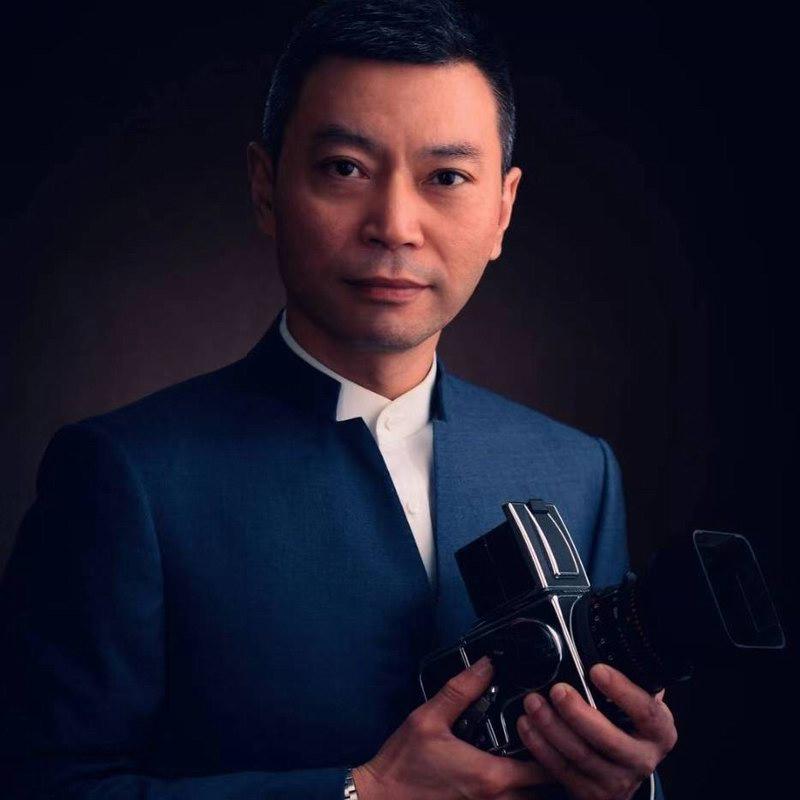刘宁:江苏省摄影行业协会副秘书长、国家高级摄影师、曾获得过许多著名奖项